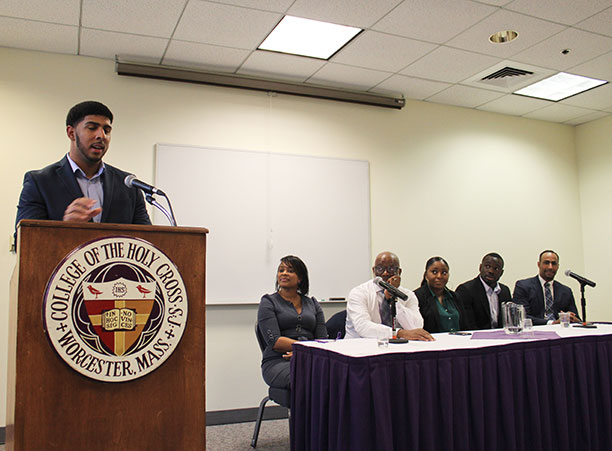 Current students and alumni sit on a panel about the power of the alumni network.